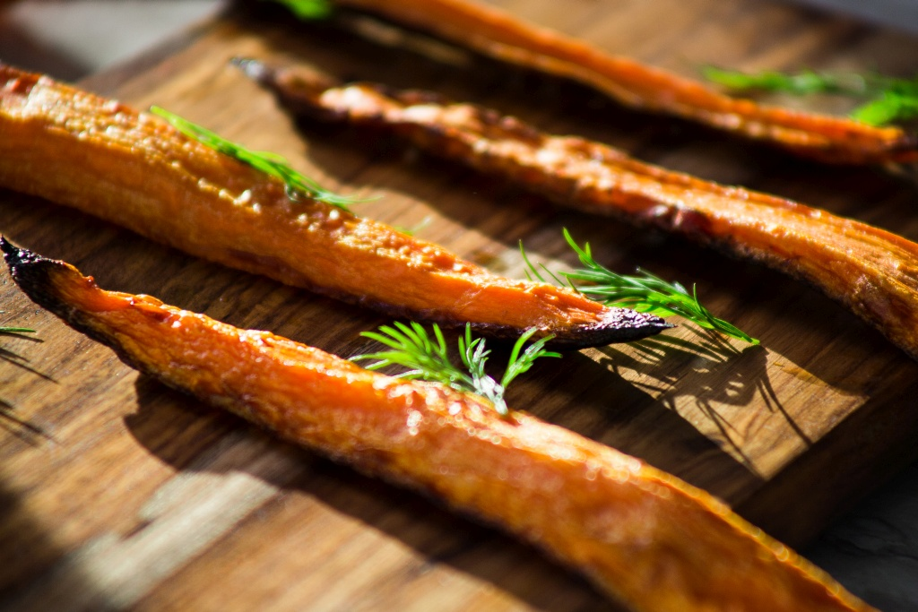 carrots roasted with dill WEB